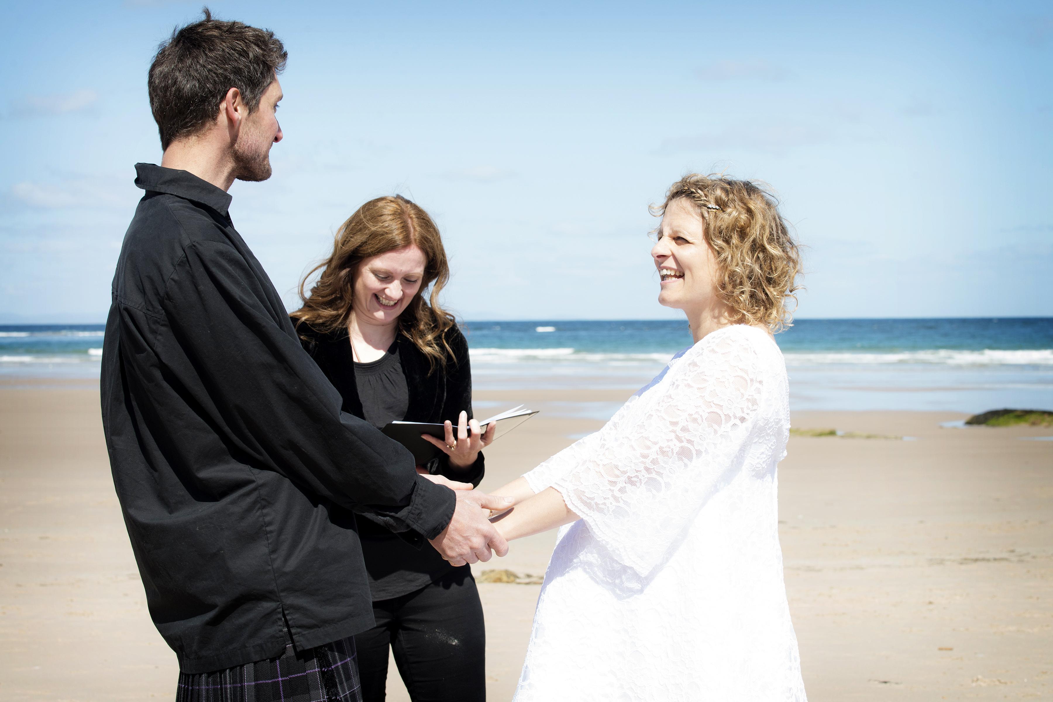 handcrafted ceremonies wedding celebrant humanist wedding elgin moray